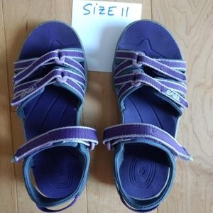 NWOT Teva Kids Sandals